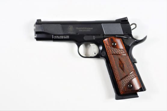 Smith & Wesson 1911 PD